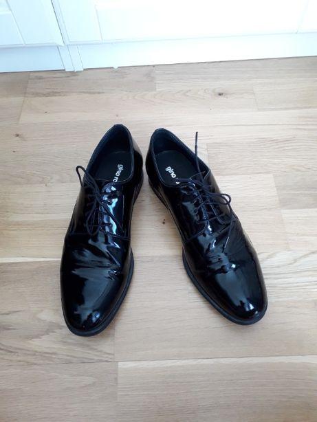 Czarne lakierki, buty smoking na 43 / 44 Gino Rossi ślub, bal, wesele