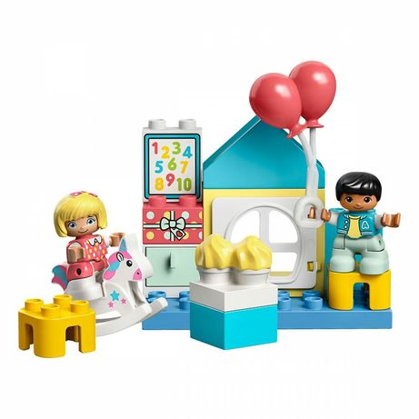 Дешево! Новый Конструктор Lego duplo Игровая комната/День Рождение
