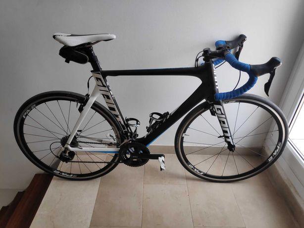 Bicicleta Estrada Giant Propel Advanced 2 (2016)  - tamanho M/L (54,5)