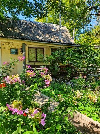 Осокорки, м.Славутич, дом с выходом к воде. Без комиссии