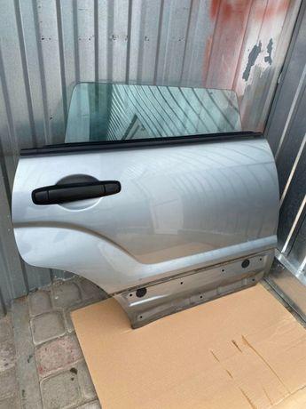 Дверь Subaru Forester SG 02-08