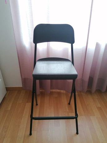 Cadeira/Banqueta alta