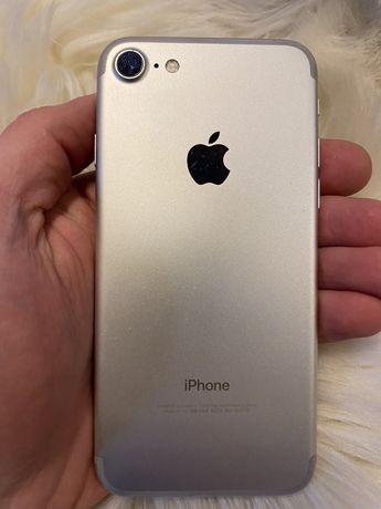 Iphone 7 / 128 gb / есть нюанс с зарядкой