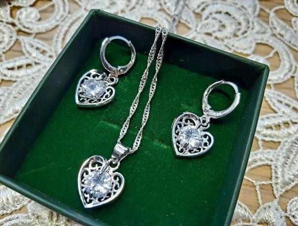 Srebrny komplet biżuterii, kolczyki i naszyjnik,serduszka