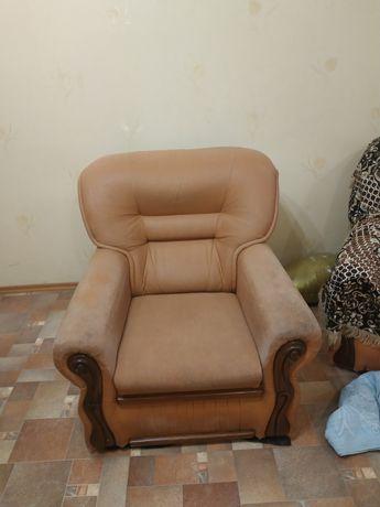 Продам кресло 850