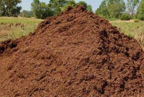 Продаю песок чернозем торф коровий навоз перегной отсев глину щебень
