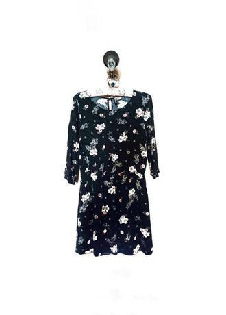 Лёгкое чёрное платье с цветочным принтом h&m divided