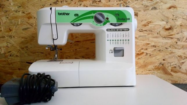 Швейная машинка  бразер brother prestige 200