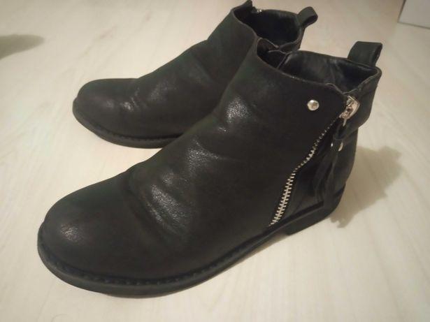 Buty dziewczęce Reserved
