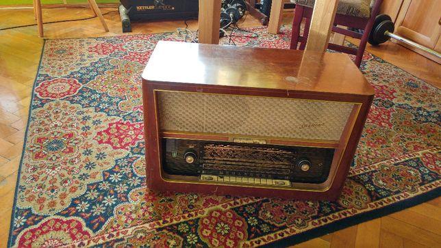 Stare niemieckie radio Stradivari