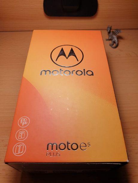 Смартфон Motorola Moto E5 Plus XT1924-1 DualSim Black (PABA0014UA)