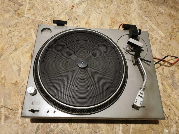 Проигрыватель виниловых пластинок Techniks SL-1200