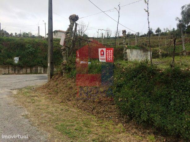 Terreno agrícola em Dossãos, Vila Verde