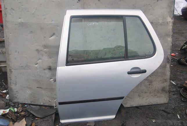 Drzwi lewy tył VW Golf 4.