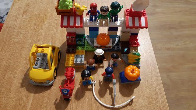 Lego Duplo  dwa zestawy z dodatkowymi ludzikami