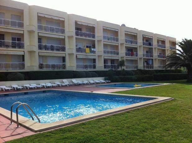 Apartamento T2 no condomínio dos Navegantes na Praia das Maças