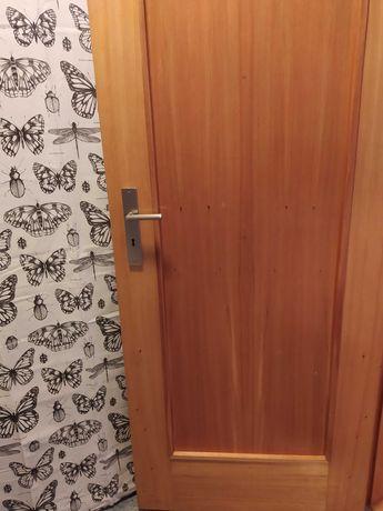 Porta quartos / casa de banho