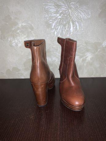 Ботинки кожаные H&M