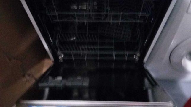 maquina de lavar loiça AEG em optimo estado
