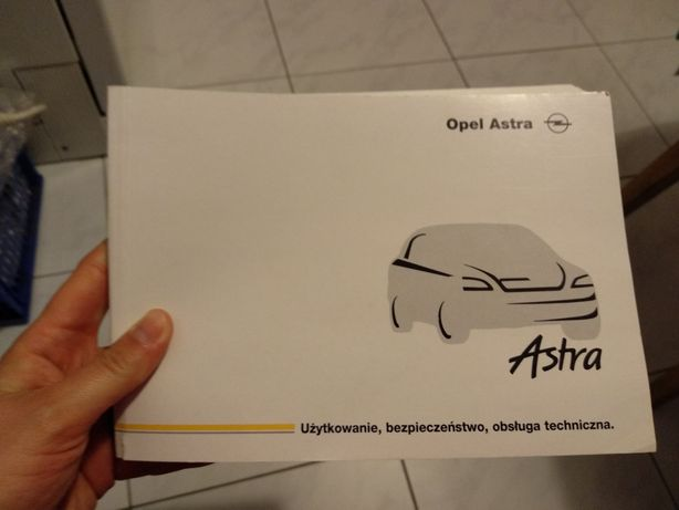 Opel Astra podręcznik