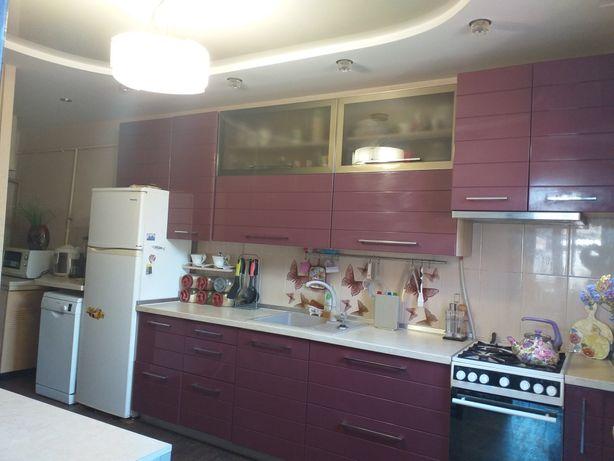 Продам пол дома и дом на одном участке в центре Сортировки.
