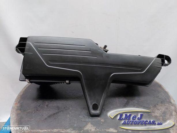 Caixa de filtro de ar Usado BMW/3 (F30, F80)/320 d | 03.11 - 03.16 REF. 1371-857...