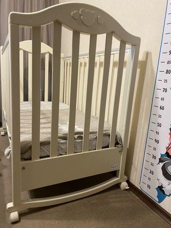 Детская кроватка Baby Italia + матрас