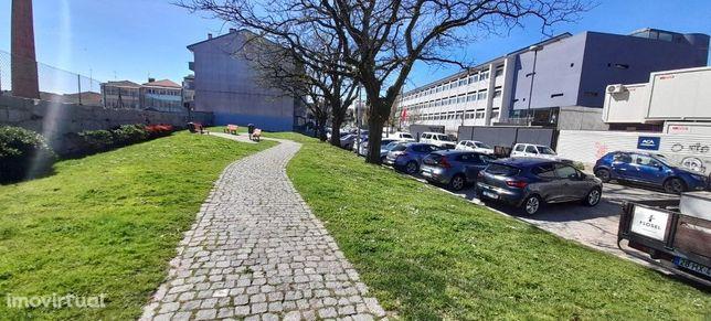 T1 Com Terraço - Escola Soares Dos Reis