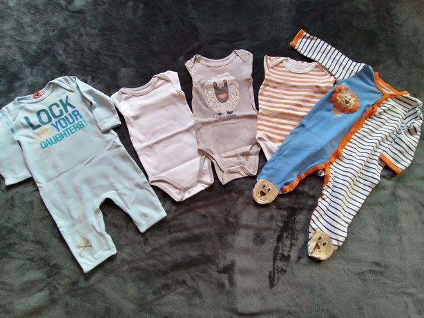 Пакет одежды на мальчика 3-9 месяцев