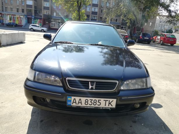 Продам Honda Accord 2.0