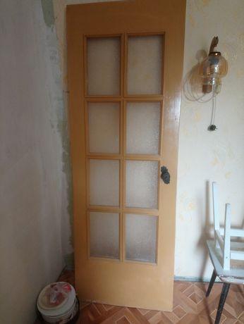 Продам двери кухонные