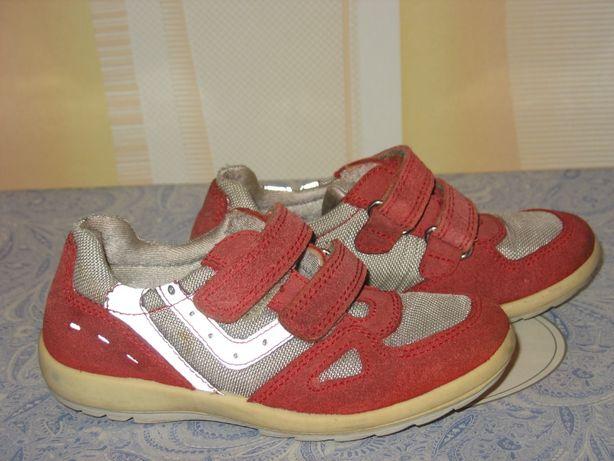 Кроссовки замшевые для девочки, размер 28, стелька-17 см.