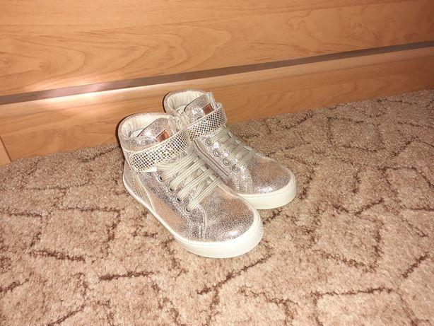 Обувь девочка, кросовки Renata Naturino 24