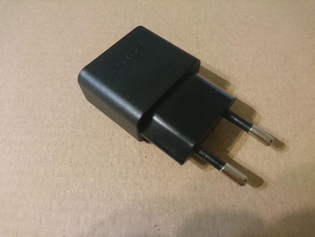 Original зарядное устройство Sony Xperia 5v 1500mA