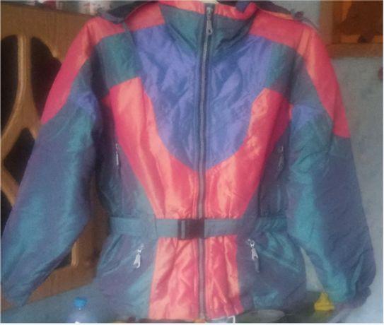Спортивная куртка для активного отдыха р. 46