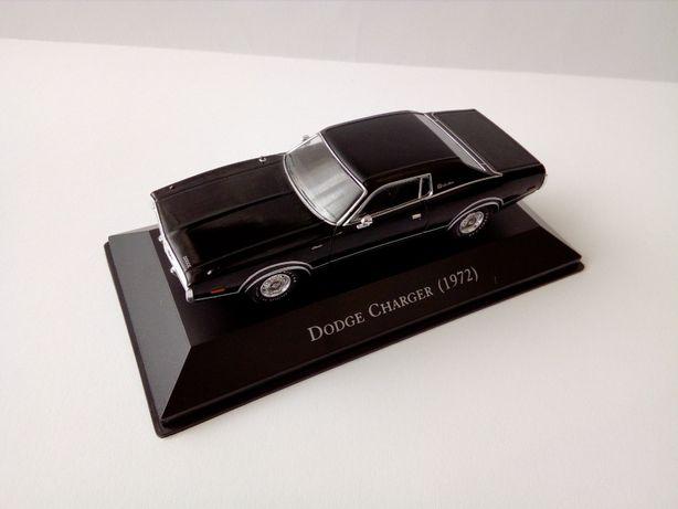 Vendo carros miniatura de carros Americanos dos anos 60 e 70