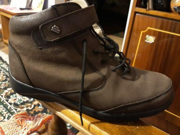 Взуття шкіряне весна, осінь (стелька 23 см)