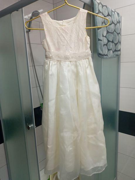 Нарядное платье на 6 лет