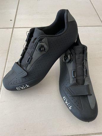 Sapatos Fizik de estrada