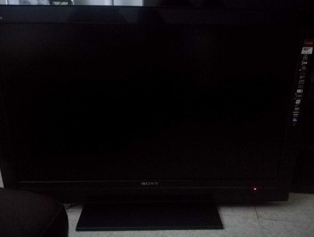 "TV LCD Sony Bravia ""41"""