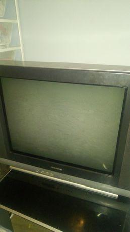 Oddam Telewizor...