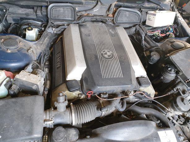 BMW e38 e39 735 m62b35 535