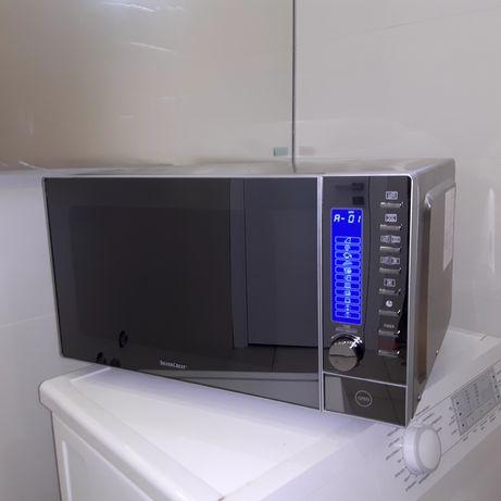 Продам микроволновую печь SilverCrest