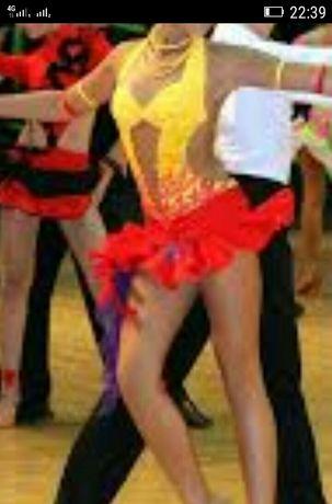 Платье для бальных танцев-латина.