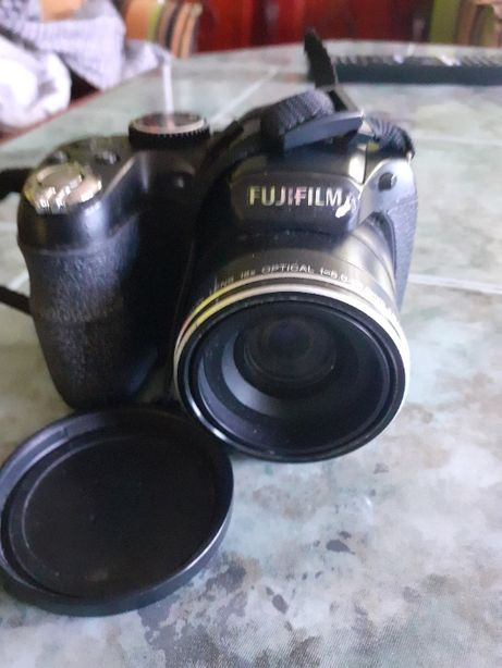 aparat fotograficzny fuji film fine pix s 2950