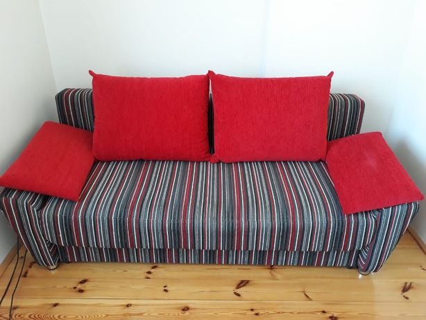 Duża rozkładana, wygodna kanapa