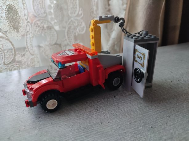 Lego City Towing