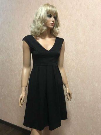 Женское платье Eiki Италия. Размер М