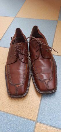 Продам кожаные туфли 46 размер