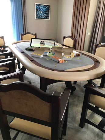 покерный стол в отличном состоянии